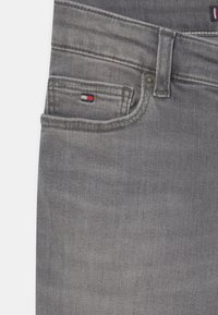 Tommy Hilfiger - SIMON SKINNY - Jeans Skinny Fit - summer pearl grey - 2