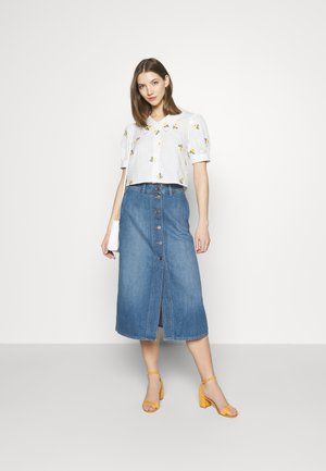 BUTTON THROUGH - Denim skirt - mid wick