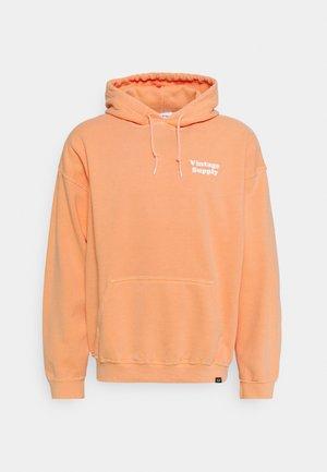 OVERDYE FLOW HOODIE - Sweatshirt - chedder