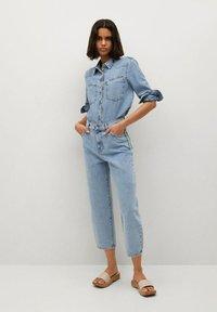 Mango - ANTONELA - Relaxed fit jeans - medium blue - 1