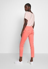 Mos Mosh - SUMNER DECOR PANT - Trousers - sugar coral - 2