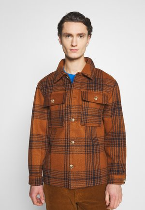 WYATT JACKET - Tunn jacka - brown
