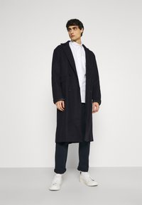 Selected Homme - SLHREGRICK FLEX - Shirt - white - 1