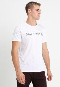 Marc O'Polo - Print T-shirt - white - 0