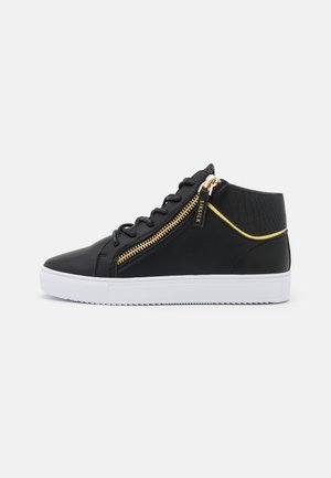 LEGACY MID CUT - Sneakersy wysokie - black/white/gold