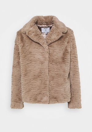 WAVE COLLAR AND REVERE COAT - Winter jacket - mink