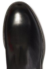 Timberland - RR 4610 CHELSEA - Klassiska stövlar - black full grain - 4
