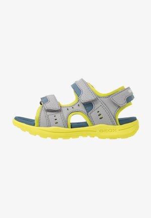 VANIETT BOY - Chodecké sandály - grey/lime