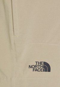 The North Face - PARAMOUNT ACTIVE - Träningsshorts - beige - 5