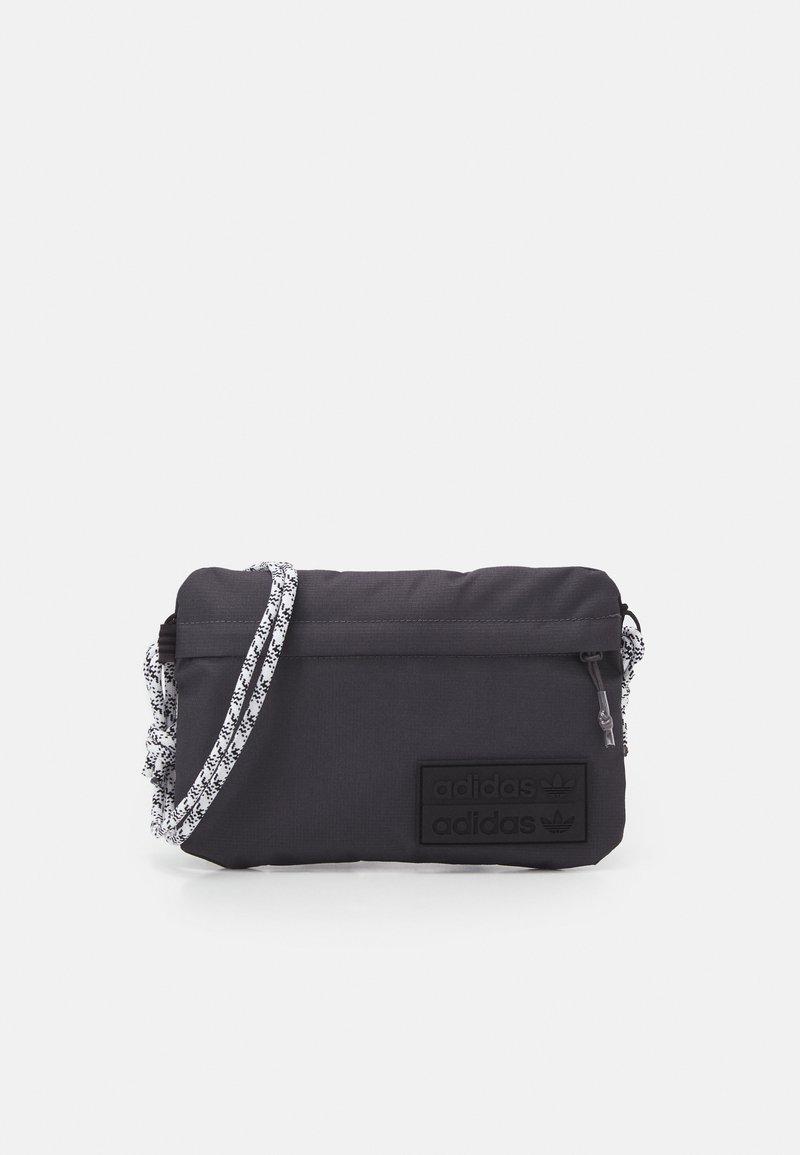 adidas Originals - SIMPLE POUC UNISEX - Across body bag - solid grey/white/black
