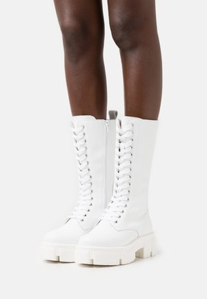 RECYCLED LEATHER  - Bottes à plateau - white