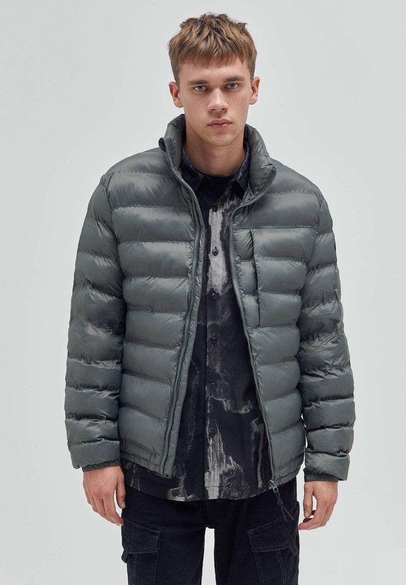 PULL&BEAR - Winter jacket - khaki