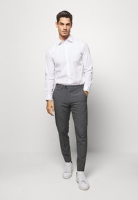 Lindbergh - CLUB PANTS - Bukse - grey mix - 1