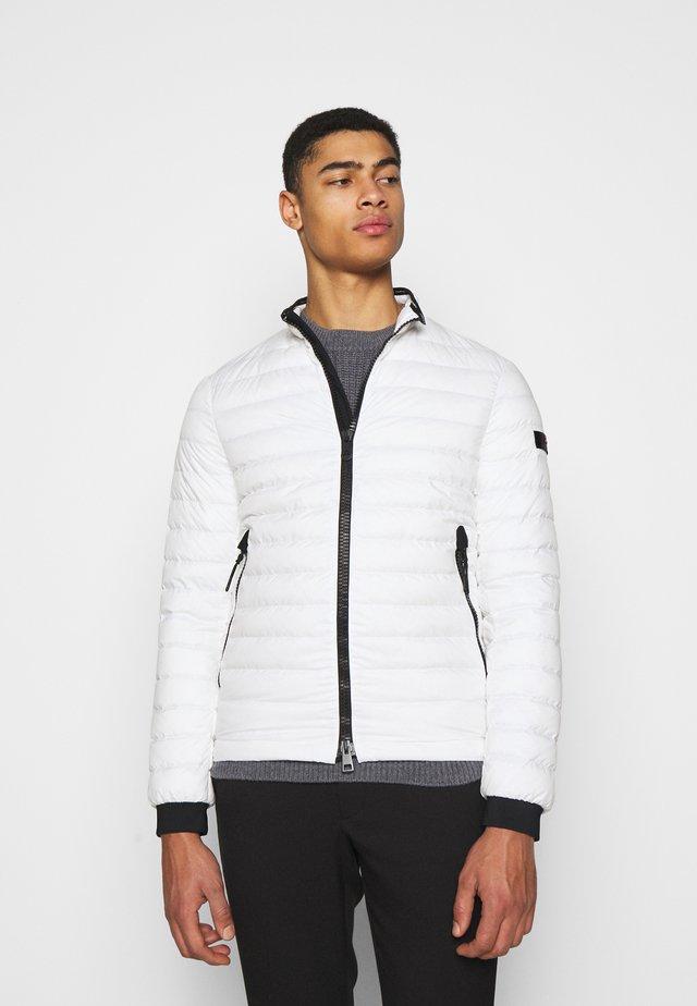 FLOBOTS - Gewatteerde jas - white
