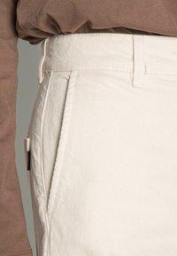 Ecoalf - PANTS WOMAN - Flared Jeans - natural - 4
