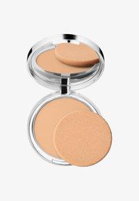 Clinique - STAY-MATTE SHEER PRESSED POWDER - Powder - 03 stay beige - 0