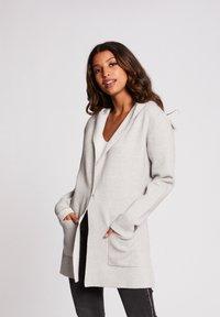 Morgan - Vest - light grey - 0