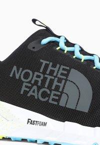 The North Face - M SPREVA TOKYO - Trainers - tnf black/bluefish - 5