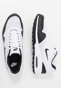 Nike Golf - AIR MAX 1 G - Obuwie do golfa - white/black - 1