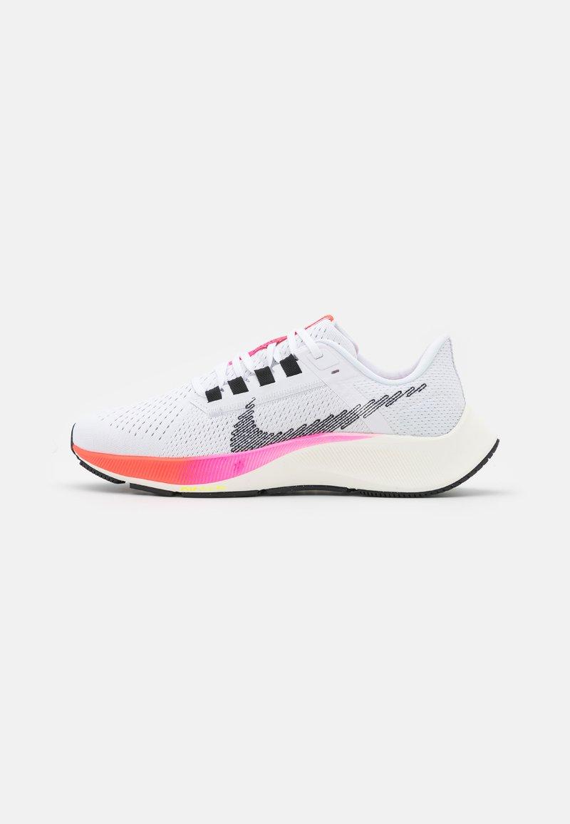 Nike Performance - AIR ZOOM PEGASUS 38  - Nøytrale løpesko - white/black/football grey/pink blast/bright crimson