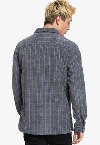 Quiksilver - LEWINS  - Shirt - tarmac - 2