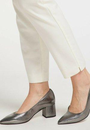 Classic heels - silber