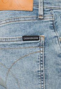Calvin Klein Jeans - SKINNY - Skinny-Farkut - denim medium - 5