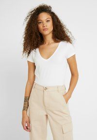 Anna Field Petite - 2 PACK - Basic T-shirt - black/white - 2