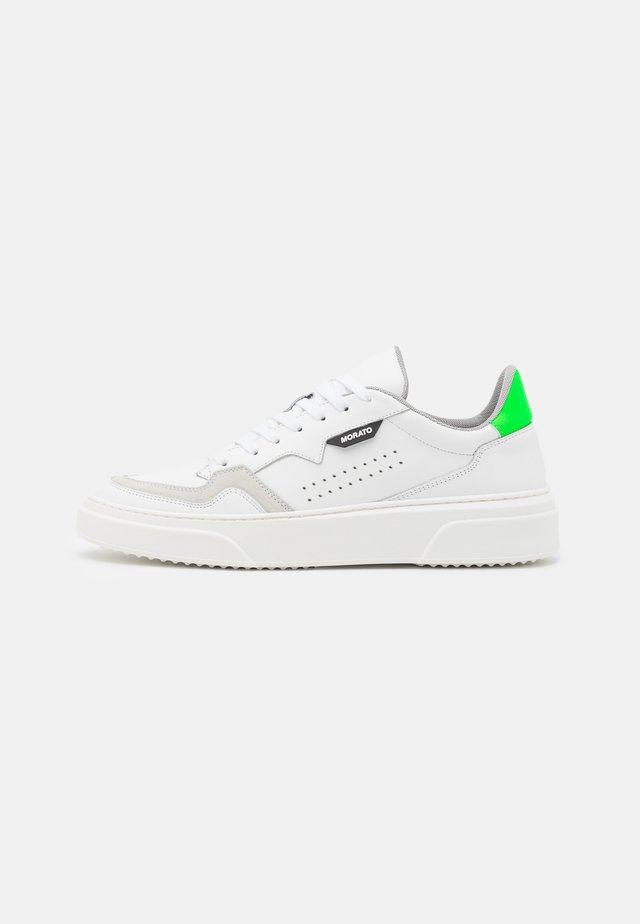 RUSTLE - Sneakers laag - white