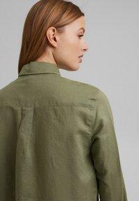 Esprit - CORE - Button-down blouse - light khaki - 7