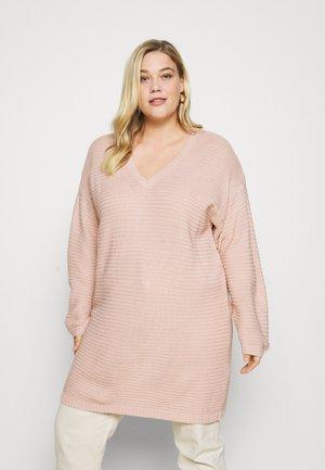 RECYCLED V NECK DRESS - Jumper dress - pale pink