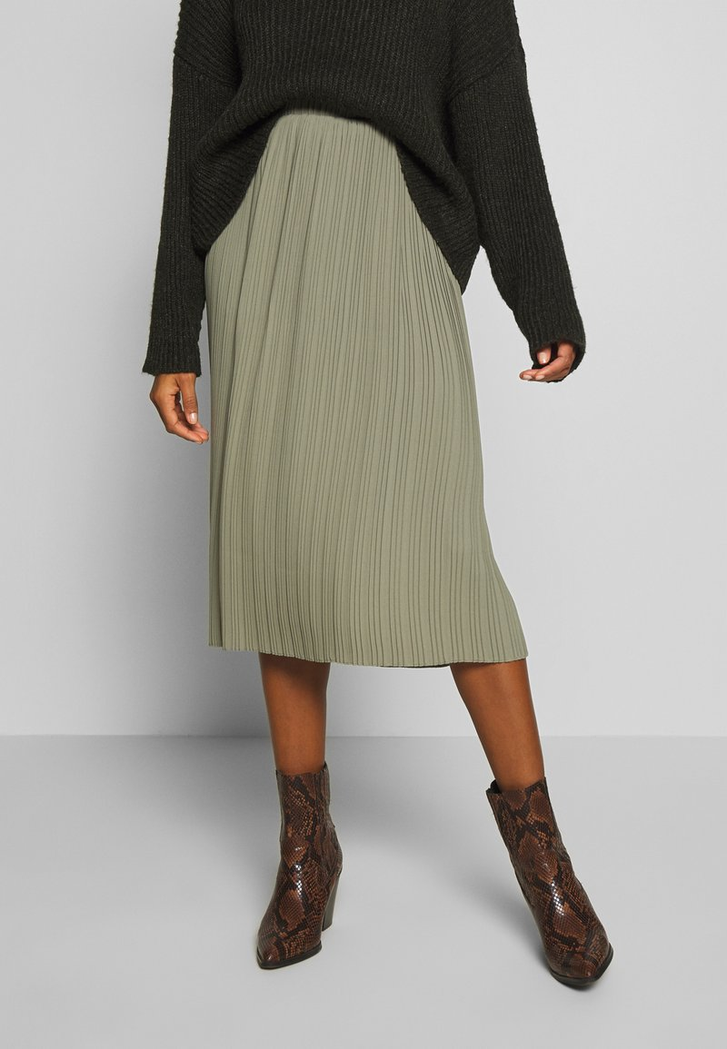 And Less - ALABBYGAIL SKIRT - Jupe trapèze - vetiver