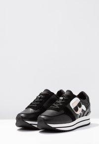 KARL LAGERFELD - VELOCITA IKONIC METEOR LACE - Sneakersy niskie - black - 4