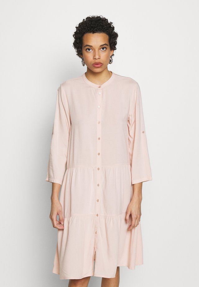 AKITASZ DRESS - Shirt dress - spanish villa