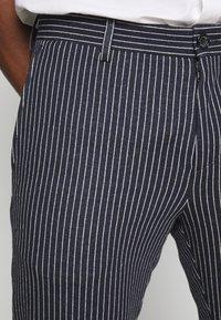 Tommy Hilfiger Tailored - FLEX STRIPE SLIM FIT PANT - Pantalon classique - blue - 5