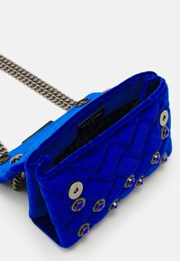Kurt Geiger London - MINI KENSINGTON - Across body bag - blue dark - 2