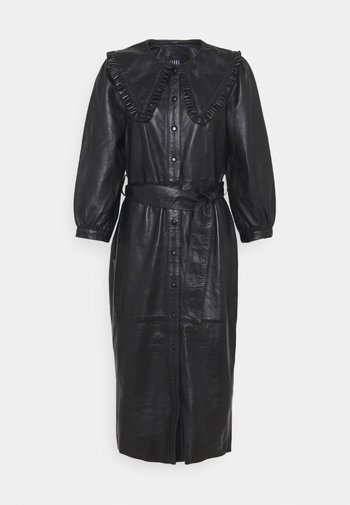 EXCLUSIVE DORRIE - Shirt dress - black