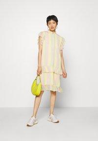 HOSBJERG - STINA DRESS - Denní šaty - multi-coloured - 1