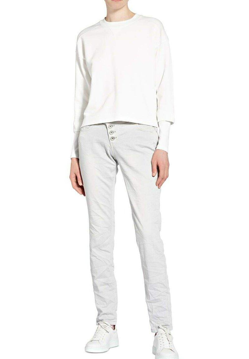Buena Vista - MALIBU  - Slim fit jeans - white