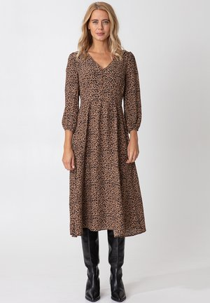 ZUDORA - Shirt dress - beige
