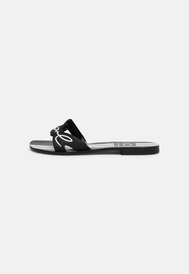 KOKOMO KARL SIGNATURE SLIDE - Pantofle - black