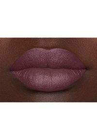 Nyx Professional Makeup - SUEDE MATTE LIPSTICK - Lipstick - 6 lolita - 3