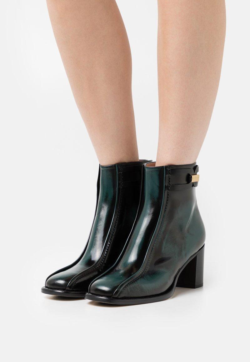 Alberta Ferretti - BOOT - Classic ankle boots - green