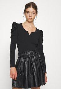 ONLY - ONLDREAM - Long sleeved top - black - 0