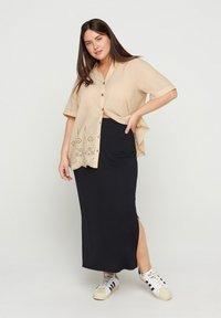 Zizzi - Button-down blouse - beige - 1