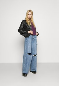 Missguided - KNEE  RIP BAGGY BOYFRIEND - Relaxed fit jeans - blue - 1