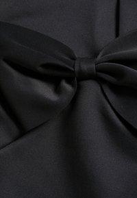 Miss Selfridge Petite - BOW MIDI DRESS - Etuikjole - black - 2
