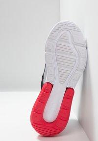 Nike Sportswear - AIR MAX 270 - Sneakers laag - black/white/ember glow/wolf grey - 5