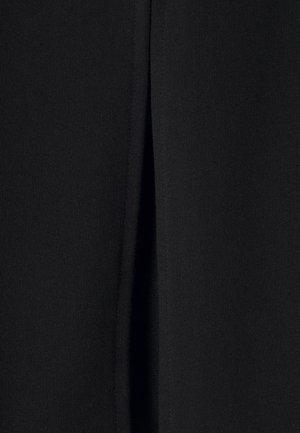 ONLDREAMER FLAIR SLIT PANTS - Tygbyxor - black