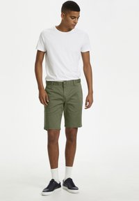 Matinique - Shorts - light army - 1